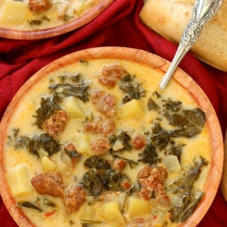 Copycat Olive Garden Zuppa Toscana Soup {Crock Pot Friendly}