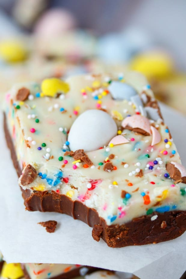 Easy Easter Egg Fudge The Cozy Cook