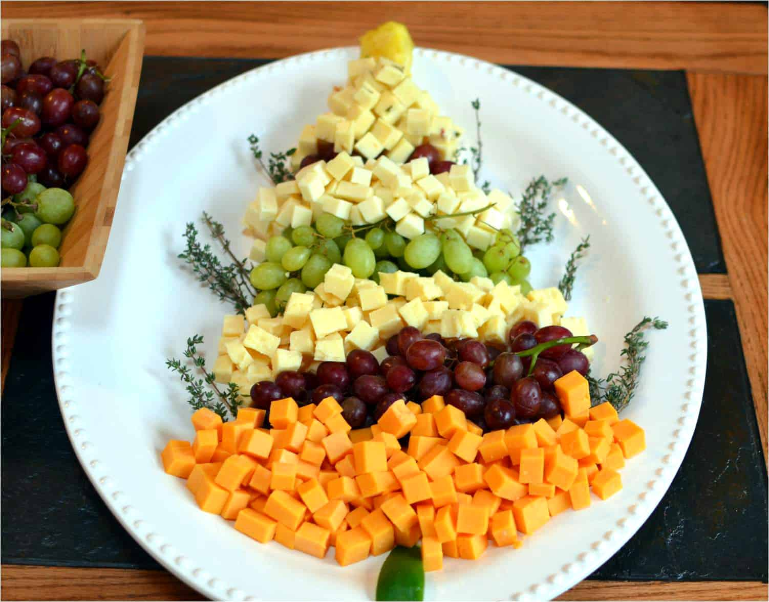 Christmas Tree Cheese Platter Amp Holiday Party The Cozy Cook
