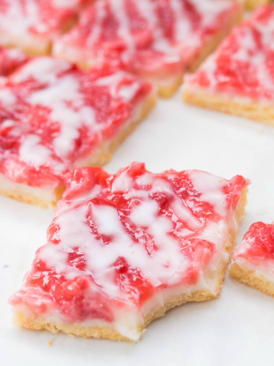 Strawberries-and-cream-tarts