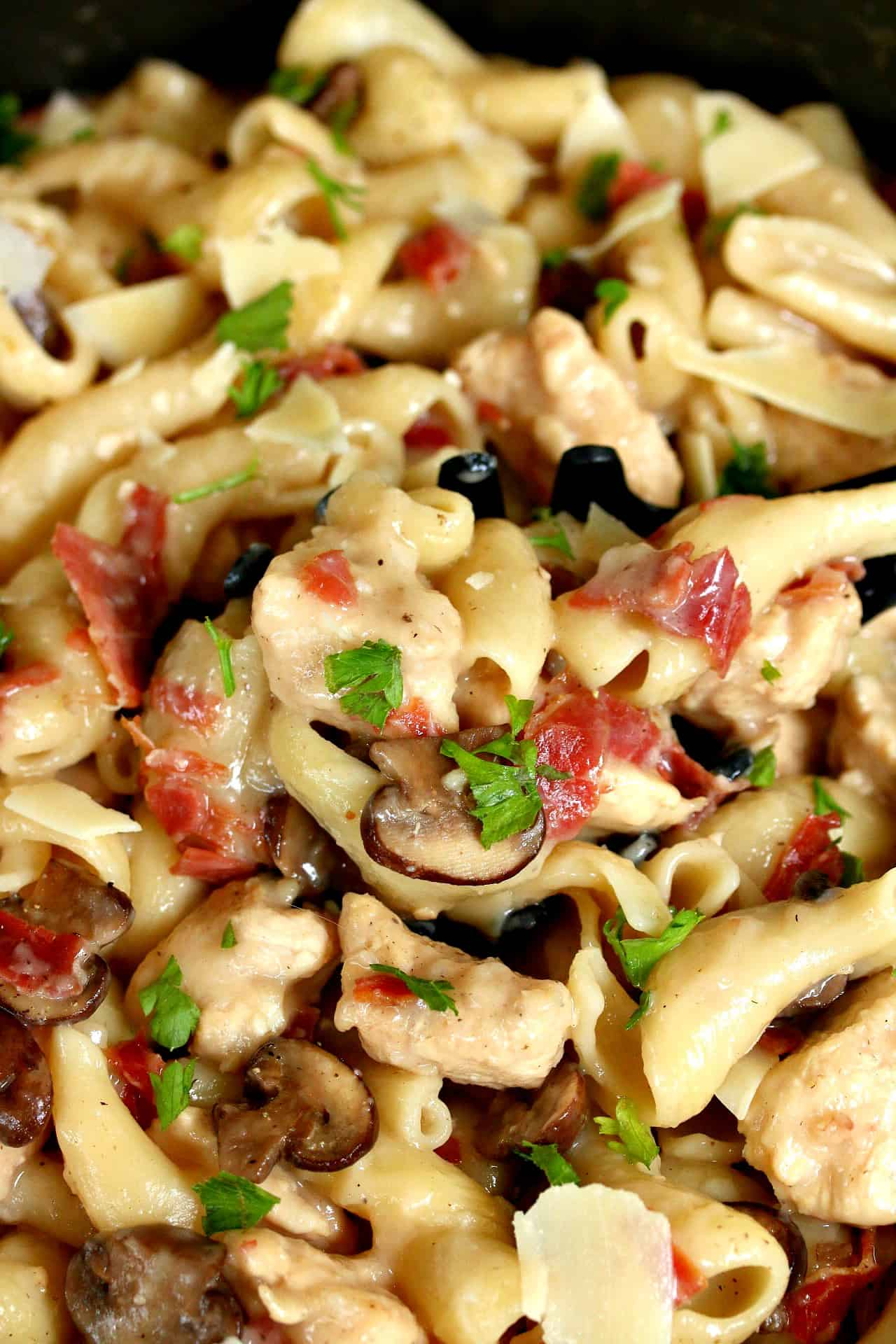 One-Pot-Chicken-Marsala-Pasta
