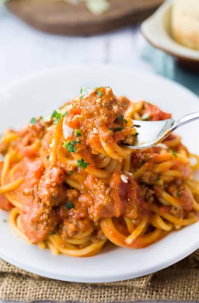 Instant Pot Spaghetti and Meat Sauce Recipe | We've scoured the internet for some of the best Instant Pot Recipes, and found an amazing assortment! You'll love these handpicked Instant Pot recipes, | Homestead Wishing, Author Kristi Wheeler | https://homesteadwishing.com/instant-pot-recipes/ | instant-pot-recipes #instantpotrecipes #recipes #pressurecookerrecipes #pressurecooker