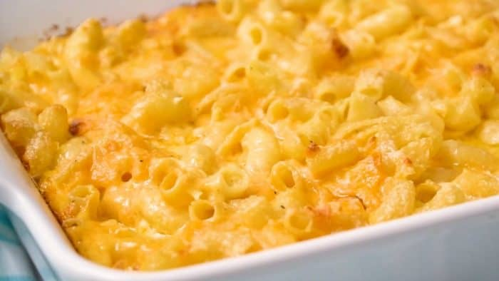 Cooked macaroni and cheese in a casserole dish.